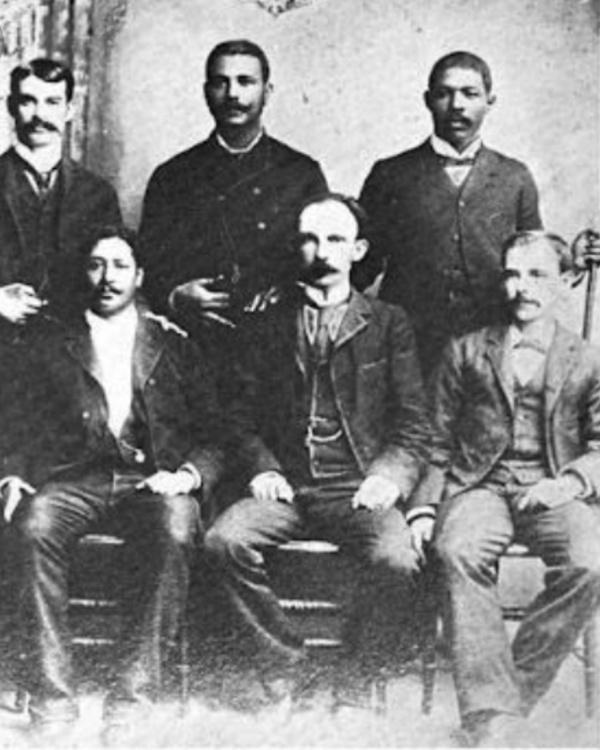 Juan Gualberto Gomez con Jose Marti y Jose Maceo
